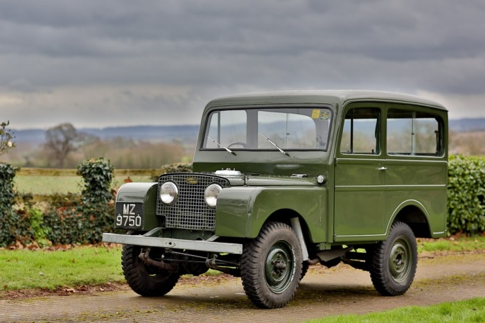 Land-Rover-Tickford