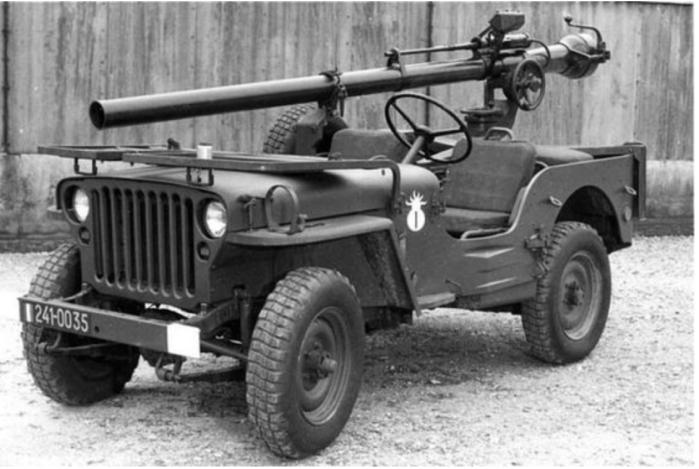 Jeep artillery carrier