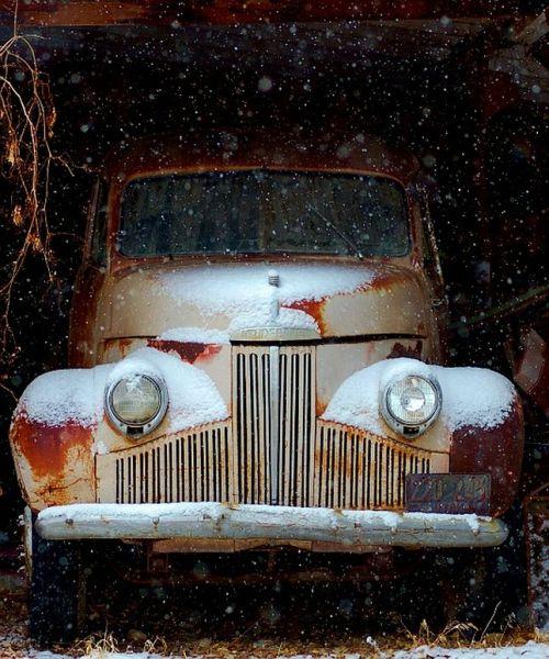 '40s Studebaker truck