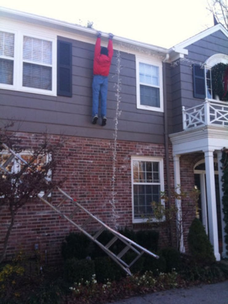 why women live longer-christmas