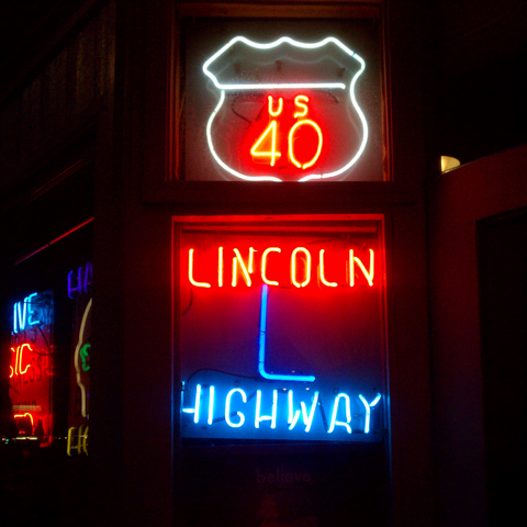 Lincoln Highway neon-Reno