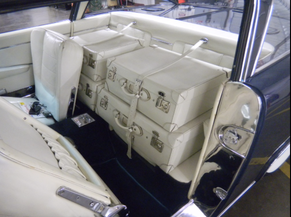 '62 Ghia-Chrysler fitted luggage 2