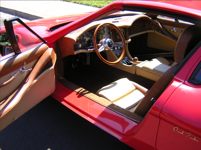Pegaso-interior-left