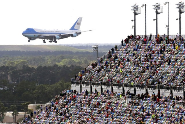 trump-daytona-500-air force one
